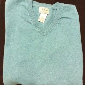 Men's L.L.Bean men's pullover sweater. Large tall.